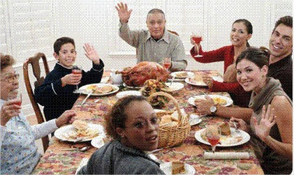 thanksgiving dinner table.jpg